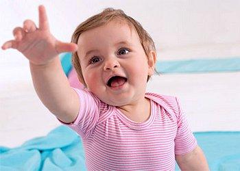 Что должен уметь ребенок в 6 месяцев: эмоциональное развите