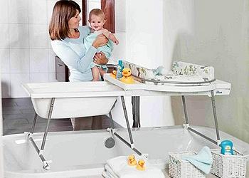 В чем купать новорожденного ребенка