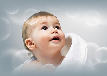 Как правильно купать новорожденного мальчика