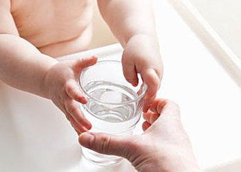 когда давать воду грудничку при грудном вскармливании