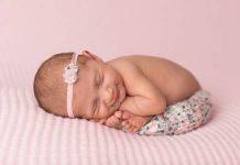 новорожденный не спит весь день