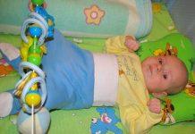 ортопедическая подушка для новорожденных при кривошее