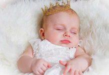 почему новорожденный кряхтит и тужится во сне