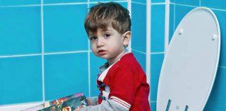 сгустки крови в кале у ребенка что делать