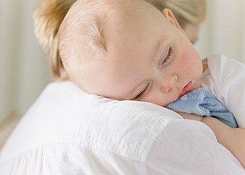 новорожденный плохо спит что делать