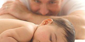 можно ли месячному ребенку спать на животе