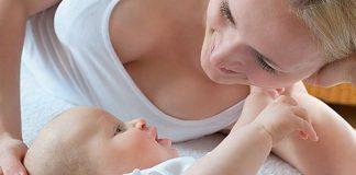 У новорожденного запор, что делать