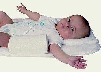 Симптомы кривошеи у новорожденных