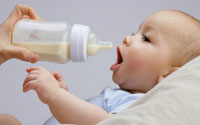 Норма грудного молока и смеси