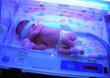 как снизить билирубин у новорожденного