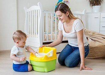 как приучить ребенка к горшку в 1 год - знакомство с горшком