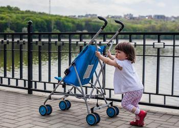 как выбрать прогулочную коляску для лета по техническим характеристикам