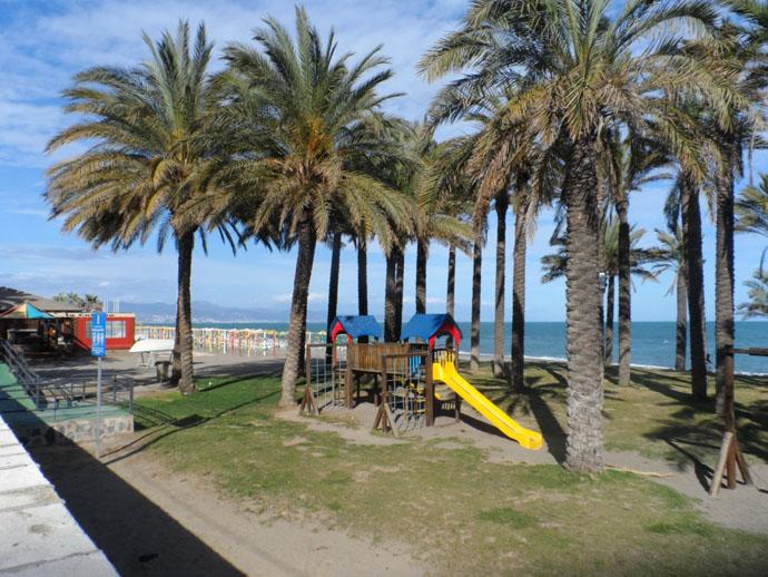 пляжи малаги достопримечательности