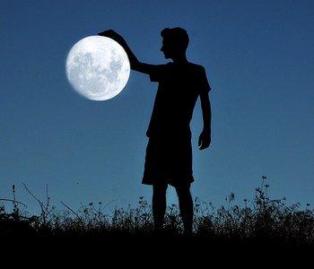 лунатизм причины у детей